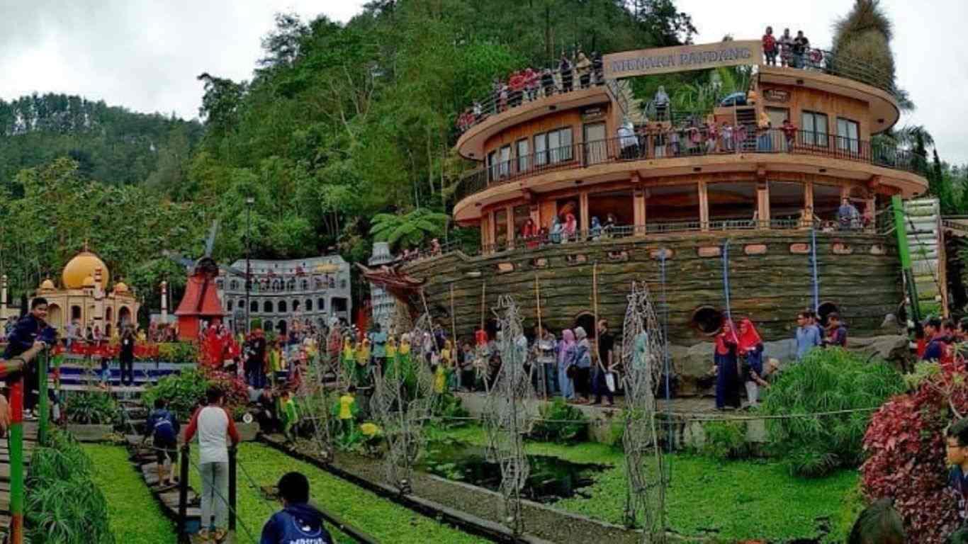 Wisata Tawangmangu